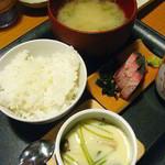 波平キッチン - 日替りランチ700円:メンタイのフライ・刺身・茶碗蒸。ご飯もおかわりOK。