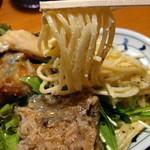 波平キッチン - 日替りランチ700円:サービス惣菜サラダ。