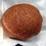 たま木亭 - カレーパン 210円(税込)