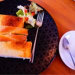 33490732 - サンドイッチとカフェオレ