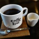 33491169 - 2014.12 コーヒーはバランスの良いすっきりタイプ、店名入りカップ♪