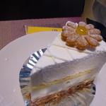 33497449 - レアチーズケーキ ¥330