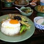 アジアンキッチン サワディー - 豚肉のオイスターソース炒めセット