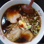 ラーメンこうへい - 料理写真:漆黒らーめん(¥600税込み)優しいあっさり風味です^^