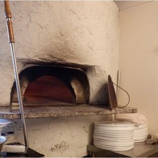 【本格】イタリア製の薪窯