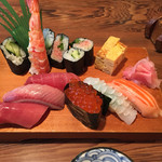 喜久味寿司 - 料理写真:ランチのにぎり
