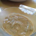 みなと食堂おはら - 酒が進みエンジンかかって、追加した自家製の塩辛。