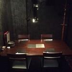 神戸焼肉 樹々 - 個室です。ジャズが流れていて雰囲気良かったです。デートや接待にも使えます。