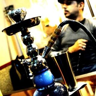 ■水タバコ「シーシャ」や多種多様なお酒をそろえております