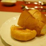 プロトンダイニング - 奈良県産米粉のパン