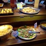 露菴 - 肉は鶏料理が多いです