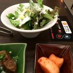 33524890 - サービスセットの佃煮、カクテキ、サラダ♪