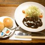 カフェアイルビー - ビーフシチューのランチ¥880(税込)☆♪