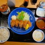 かつ雅 - かきフライ定食(2014年)