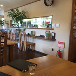 徳丸レストラン - 厨房は真っ白なコックさんが3人いました(^^)