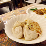 ラサ・サヤン - 料理写真:手作り水餃子
