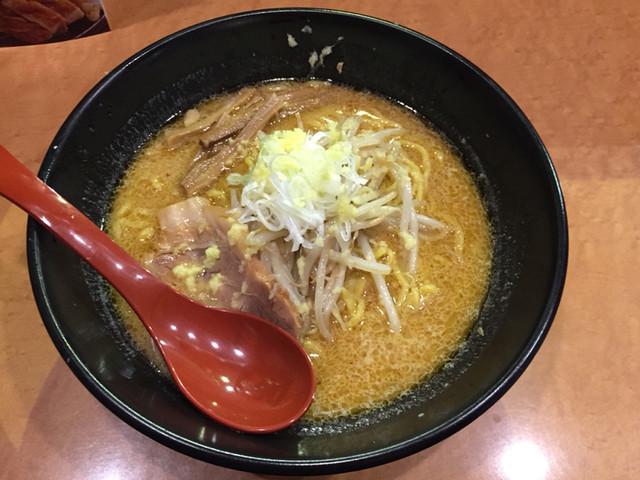 麺屋 翔 本店 - 味噌らーめん 830円(水曜限定)
