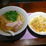麺処はるにれ - しおラーメンと五目炒飯◎2014/11
