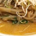 味噌蔵らーめん まるしゅう - 2014年12月 あんかけもやしごん太大盛麺(スープUP)