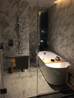 インターコンチネンタルホテル大阪 -
