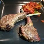 ケバブ家 - 子羊の骨付き肉