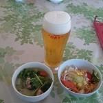 チョムパイ - 2014/12/17・12:00 生ビール、スープ、サラダ