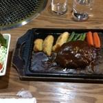33547587 - ハンバーグステーキ定食(和食セット)