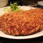 料理屋 三船 - 大判メンチカツ定食 950円。