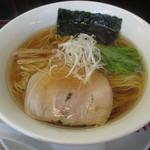 33552584 - 醤油ラーメン (系)食歴5杯