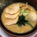 33554448 - 特清六家豚骨味噌(930円)