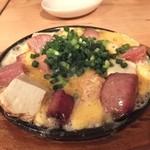 島野菜カフェ Re:Hellow BEACH - スパムと島豆腐の鉄板チーズチャンプルー780円