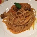 33557166 - エビ+キノコのトマトクリームスパゲッティ