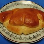 ブンブン小麦市場 - クリームパン