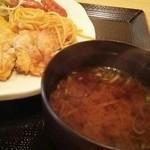 吉川屋本店 - ランチの熱々赤だし   寒い冬は嬉しい