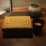 月よみ庵 - 結び おむすび と 湯葉のお味噌汁 (2014/12)