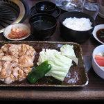 春香苑 - 『春香苑』 ホルモン定食 1,050円