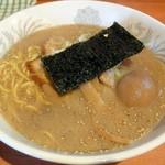 駅前 海栄らーめん - 正油ラーメン_750円