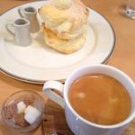 33570741 - バターメープルパンケーキと珈琲