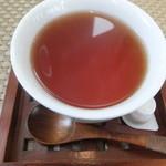 Shion - セットの紅茶