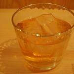 あたりや食堂 - 450円『熟成梅酒(高千穂酒造)ロック』2014年12月吉日
