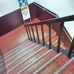 刺身一番 - 階段、お気を付けて
