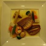 33582237 - 魚と添え野菜を2倍にしてもらいました