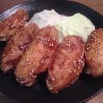 とりや小次郎 - 料理写真:手羽唐・タレ(450円)