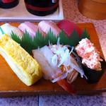 一貫勝負 - 料理写真:こだわり寿司定食(800円 ランチポケットで500円)