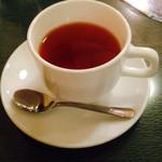ザリガニカフェ - セットの紅茶