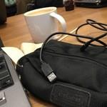 33585186 - 2014/12 出張で小田原へ。クライアントとの打ち合わせまで時間が十分あったので、ちょっとメールのチェックなどしようと電源コンセントを求めて利用