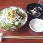33585645 - サラダ、小鉢、漬物、それに、箸と落花生の箸置