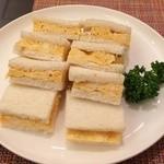 ムーン カフェ - ふわふわ玉子焼きサンドイッチ ドリンクとセットで500円 ※2014年12月