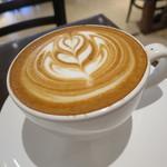 Urth Caffé - カフェ・ラテ