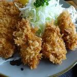 とんかつ 勝よし - 料理写真:牡蛎フライとロースカツ1400円